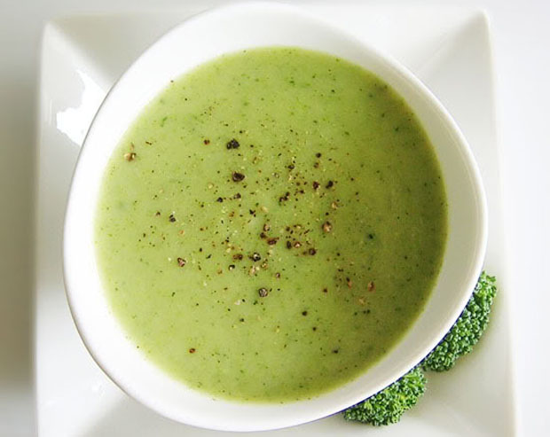 brokolicová polévka